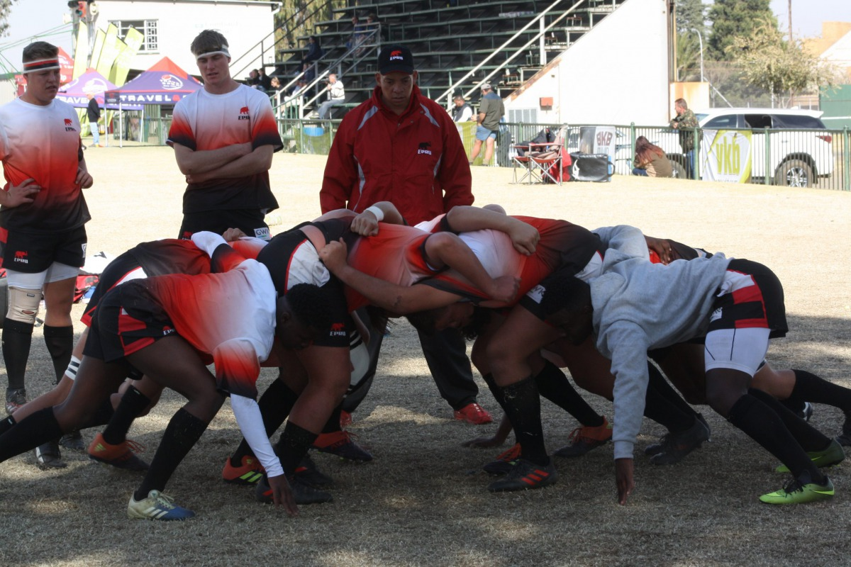 Wessel practicing scrum with teammates