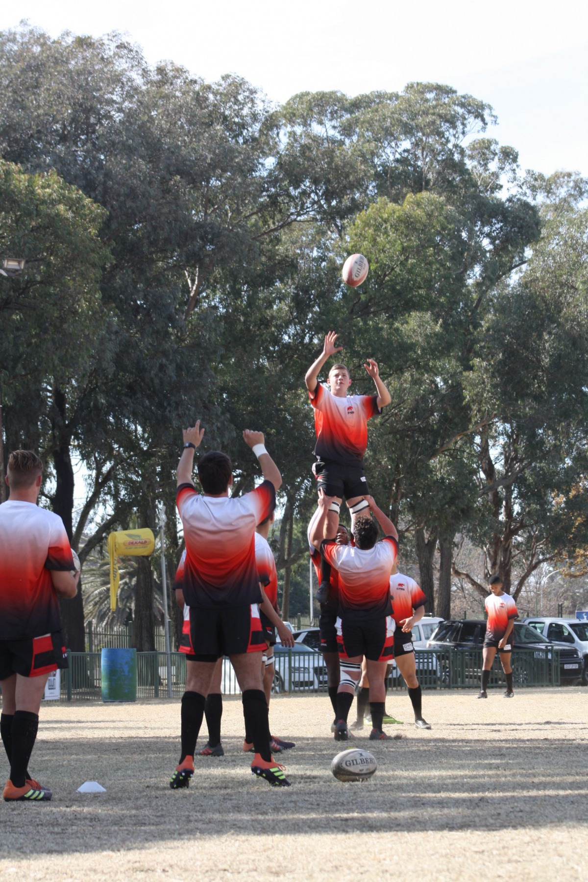 Wessel practicing the lineout with teammates