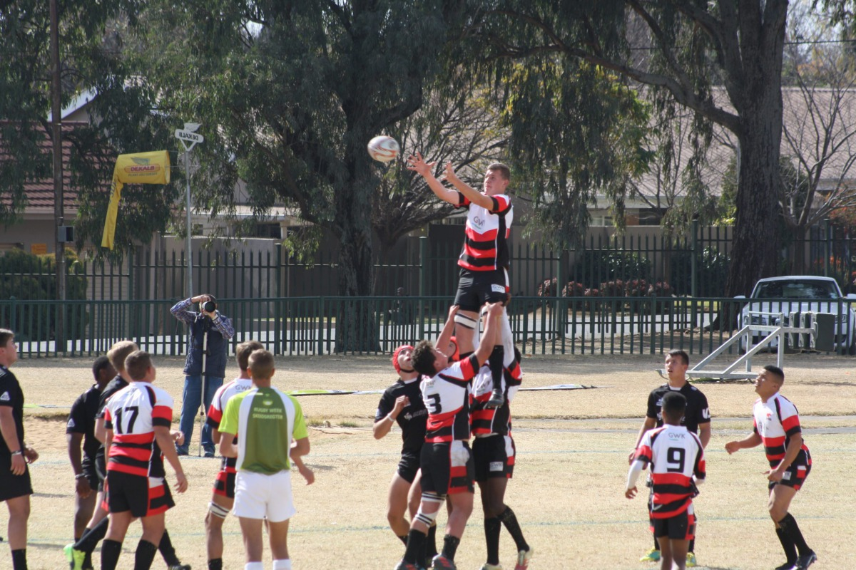 Wessel catching the ball in the lineout