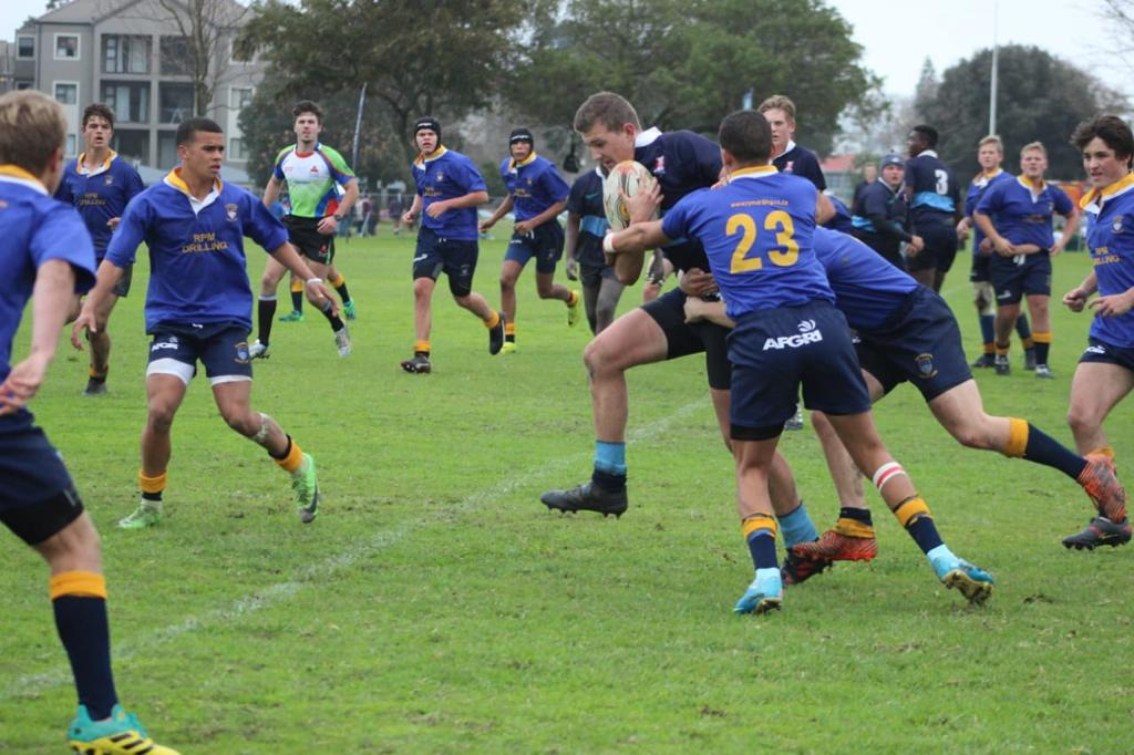 Wessel breaking away from opponents