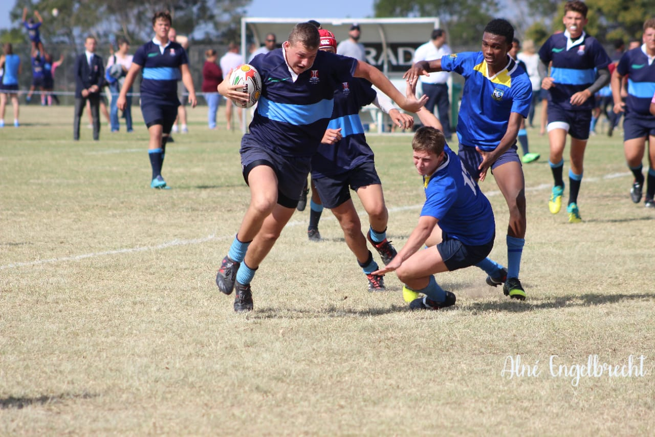 Wessel pushing off a tackler